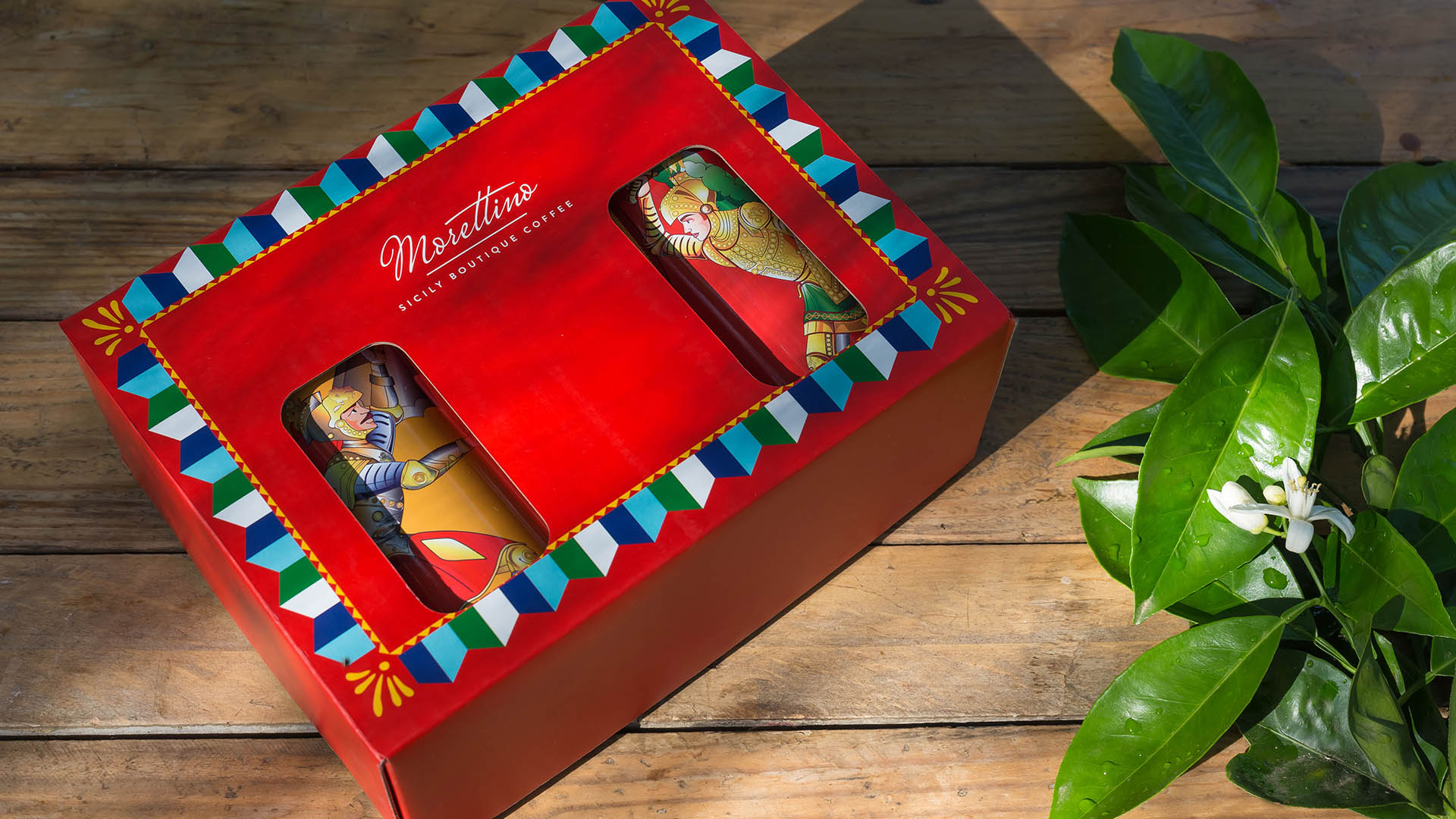 Orlando, Rinaldo e Angelica paladini del caffè. L'edizione limitata Morettino dedicata all'Opera dei pupi siciliani